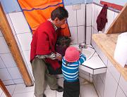 Agua y Energía. La energía renovable proporciona agua caliente para el páramo ecuatoriano.
