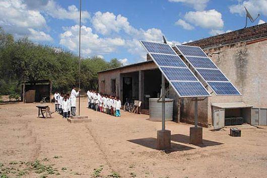 Energ 237 A Solar Fotovoltaica Para Combatir La Pobreza