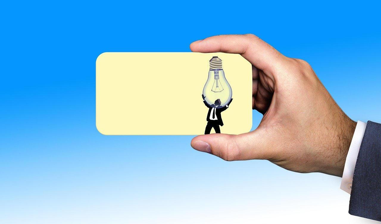La CNMC aprueba la Circular de etiquetado de electricidad que informa a los consumidores sobre el origen y el impacto de las ofertas sobre el medio ambiente.