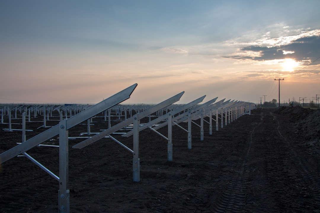 Q-Energy vende un portfolio de 73 plantas solares fotovoltaicas a CDPQ