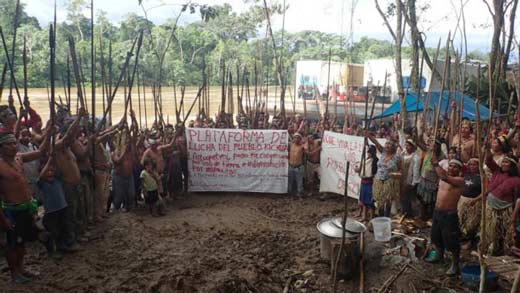 Tribus kichua y achuar contra petrolera pluspetrol