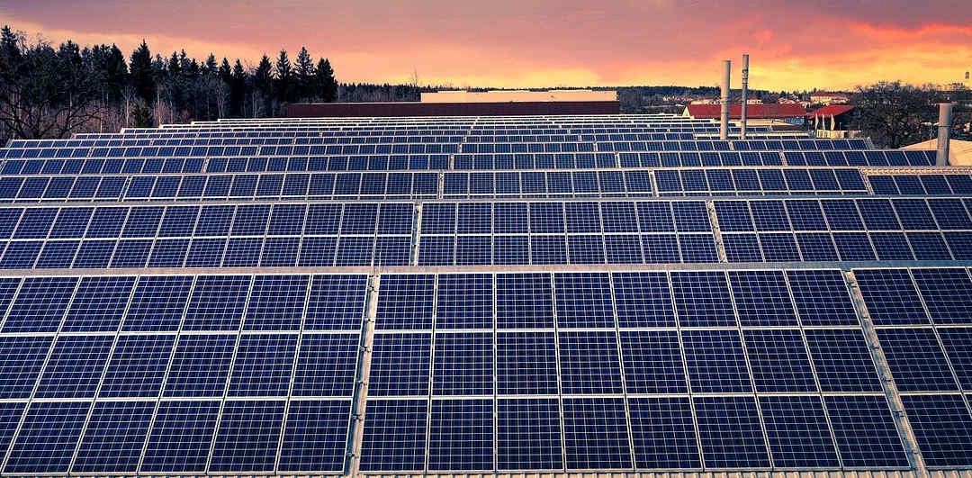ANPIER advierte de que el desorden en la instalación de macroparques resta firmeza y encarece el suministro eléctrico
