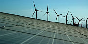 La Agencia Internacional de Energía cierra la Cuarta Asamblea con objetivos para el incentivo de energías renovables a nivel mundial.